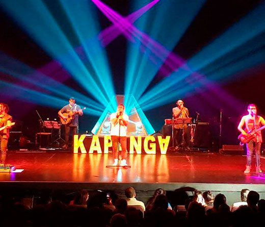 Kapanga - Kapanga, Caligaris y Turf a beneficio