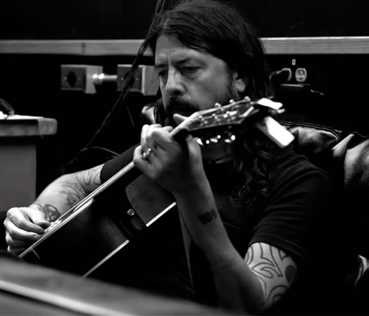 CMTV - Play, el documental de Dave Grohl