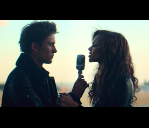 Dvicio - Nada ft. Leslie Grace
