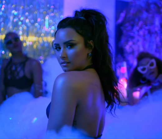 CMTV - Sorry Not Sorry, el video de Demi Lovato