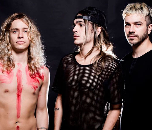 Airbag - Estreno: video lyrics de Culpables