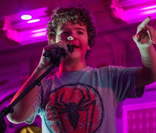 CMTV - Actor de Stranger Things tiene una banda