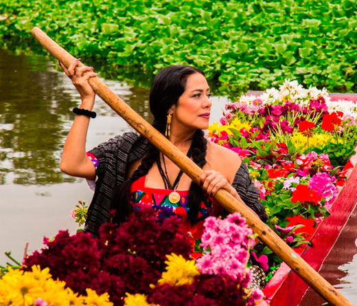 "Lila Downs - Lila Downs estrena ""Urge"""