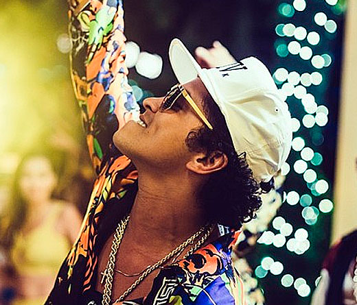"CMTV - Bruno Mars la rompe con ""24K Magic"""