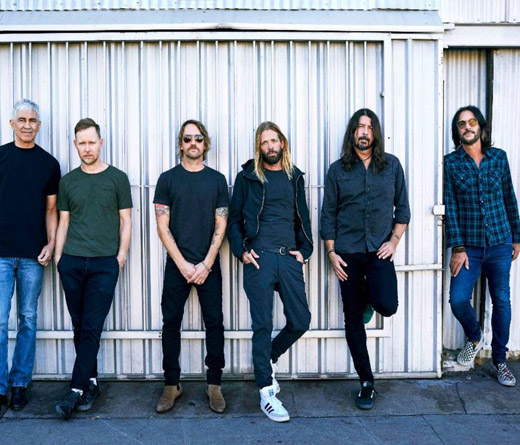 Foo Fighters presentan su nuevo álbum Medicine At Midnight