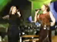 Gloria Estefan video Conga - Madison S. Garden 1999 con Celine Dion