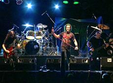 Logos video Confusión mental - Chascomús Rock 2006