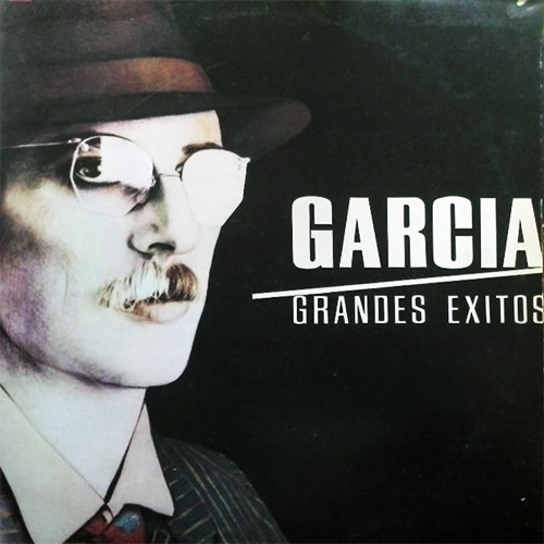 Tapa del CD GRANDES EXITOS - Charly Garc�a